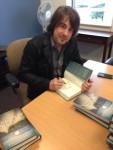 Jimmy-Wayne-Walk-to-Beautiful-book-signing